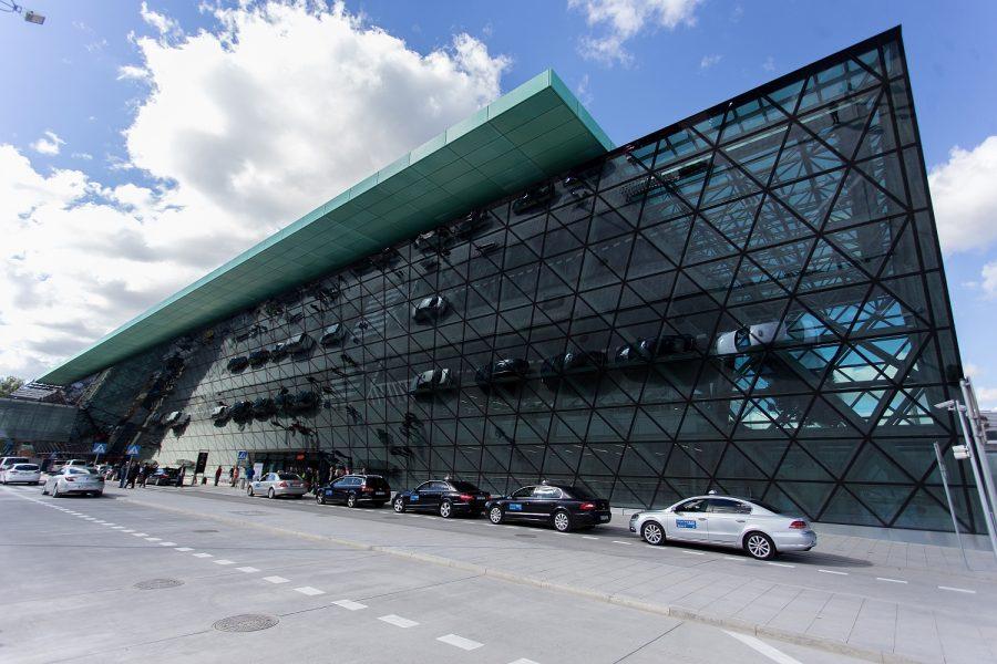 krakow-airport_1445856071