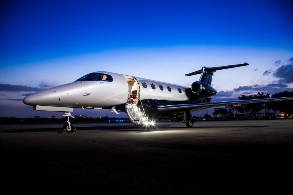 Phenom300_night_stairs_2100x1400_300_RGB